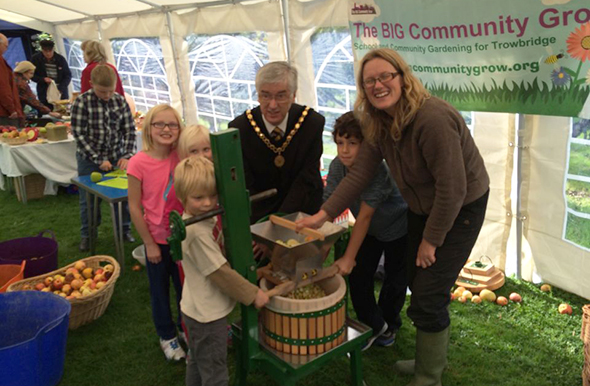 apple pressing at Trowbridge park